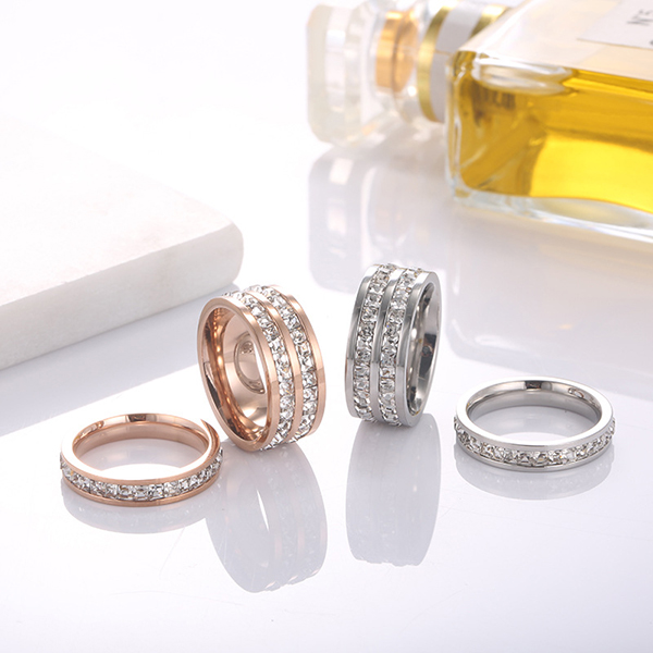 The New Rose Gold Roman Numeral Single Diamond Rings for Women Featured Image