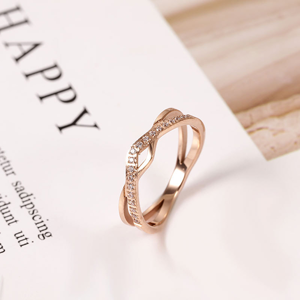 Temperament Style Rose Gold Titanium Steel Ring with Zircon Featured Image
