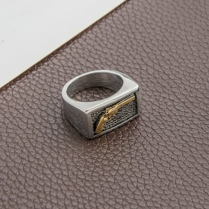 Fashion Stainless Steel Ring Men's Ring with Gun Pattern