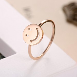 Temperament New Design Wholesale Smiley Titanium Alloy Rings Women