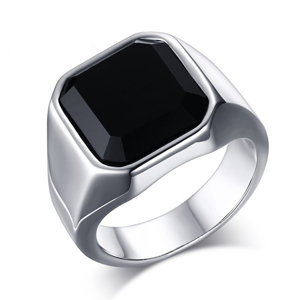 2020 wholesale price Prices For Tungsten Carbide Ring - Fashion Stainless Steel Signet Rings with Black Agate for Men – Ouyuan Featured Image