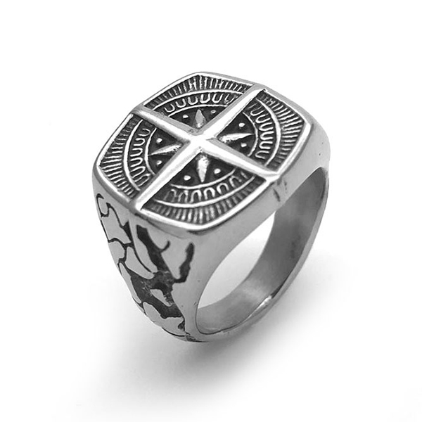 Retro Unisex Four-Pointed Star Stainless Steel Ring Signet Band Featured Image