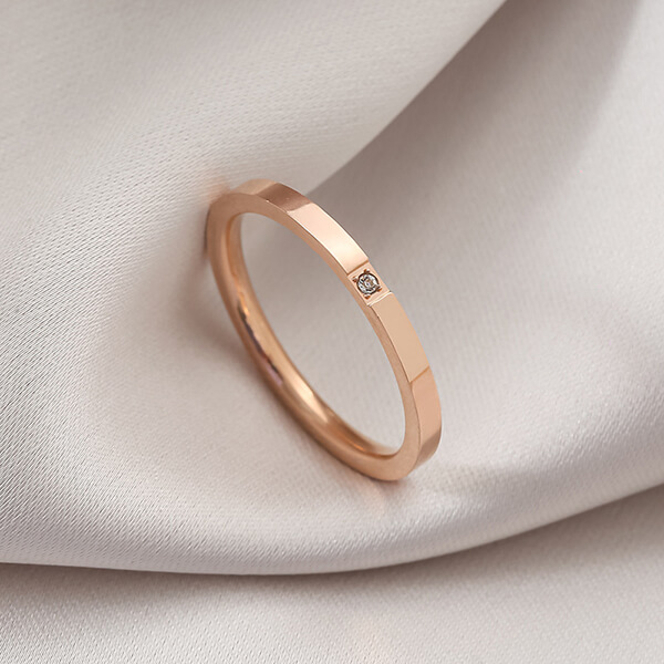 Newly Arrival His And Hers Wedding Bands - Hot Sell Stainless Steel Women's Diamond Ring 2mm Jewelry Micro Inlaid Ring – Ouyuan Featured Image